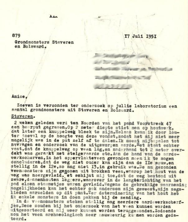Brief van Halbertsma uit 1951 over het gevonden knuppelpad in Stavoren. Uit het correspondentiearchief van de RCE.